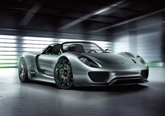 100208 550x388 Video: Whats Makes Porsche 918 Spyder the Best Hybrid