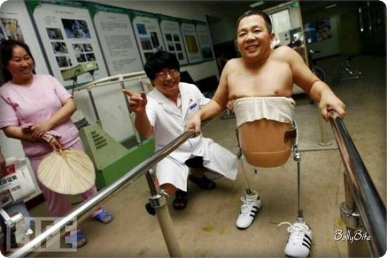 ATT00029 550x367 Mans Motivation and Technology Helped him Walk Again