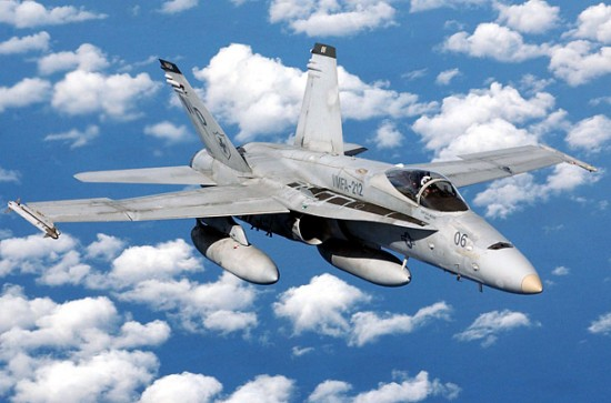 fa18 hornet 550x363 Top 10 Most Expensive US Military Planes