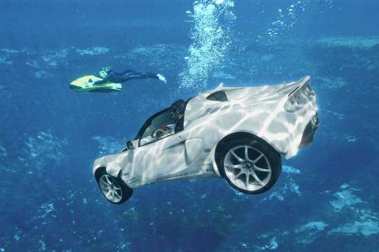 image013 550x365 sQuba: Worlds First Underwater Car