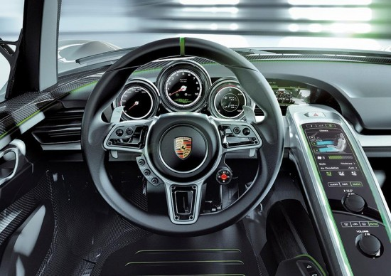 porsche 918 spyer pr large08 550x388 Video: Whats Makes Porsche 918 Spyder the Best Hybrid
