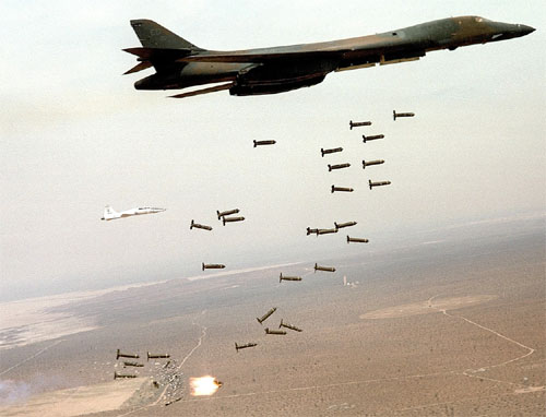 B-1B-Lancer-releashes-cluster-munitions