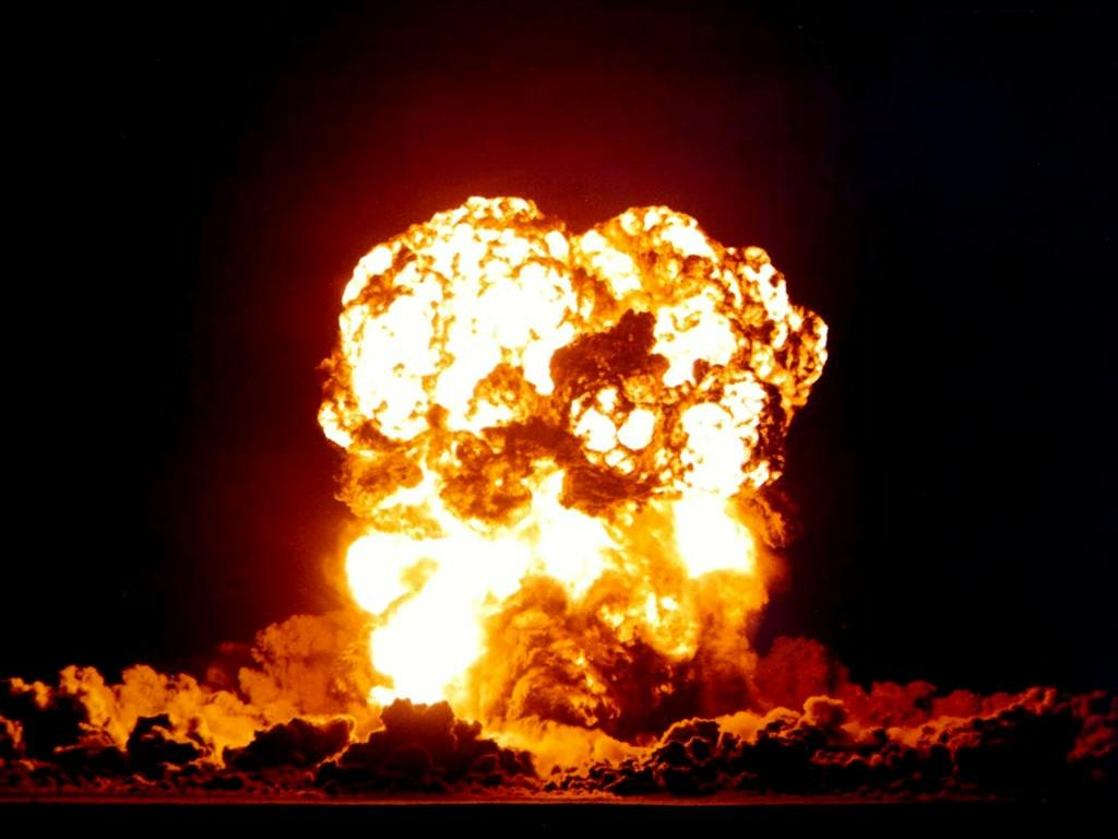 explosion 300x225 explosion