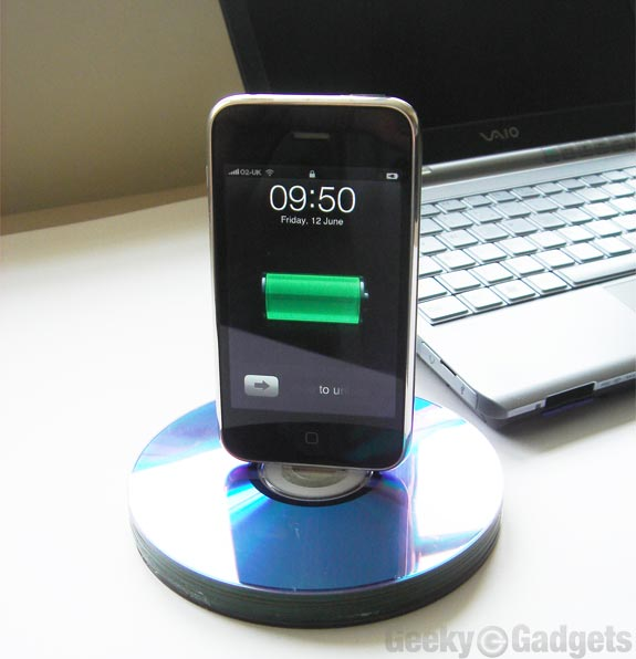 Top 10 Gadgets for your iPhone 4