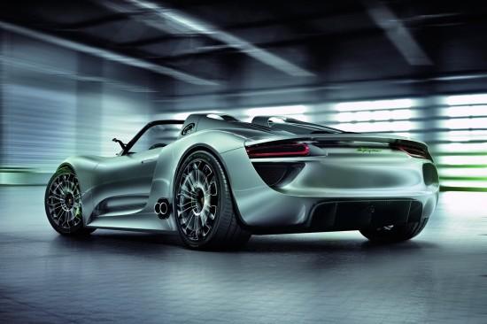 porsche 918 spyder concept 8 550x366 Porsche 918 Spyder Hybrid To Go On Sale