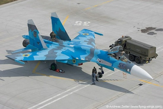 su 27 550x366 Top 10 Russian Sukhoi fighter aircrafts