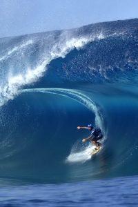 Surfing 1 200x300 Surfing (1)