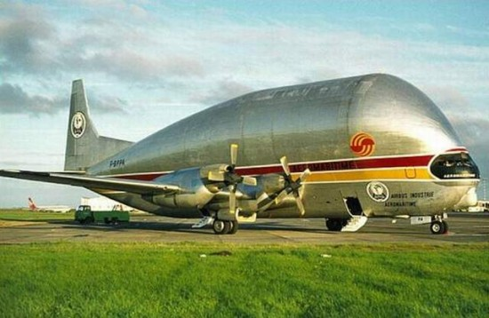 a8zx7 550x358 Strange & Weird Airplanes of the World