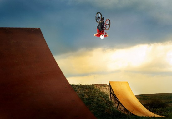 extreme sports photography1 550x383 Cutting Edge of Extreme Sports Photography