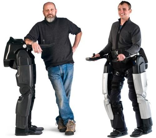 http://realitypod.com/wp-content/uploads/2010/09/rex-bionic-legs-robotic-exoskeleton-01.jpg