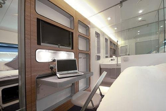 Flying hotel 81 Worlds First 5 Star Flying Hotel a Reality