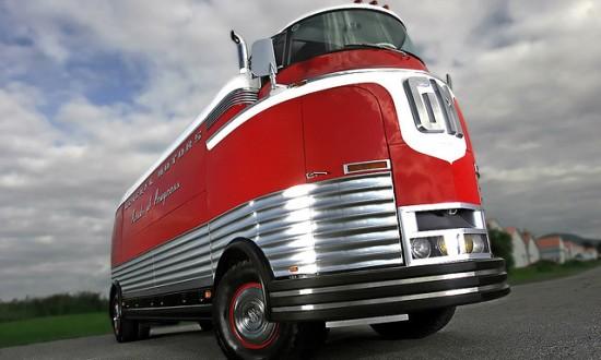 103 550x330 Top 10 Vintage Cars