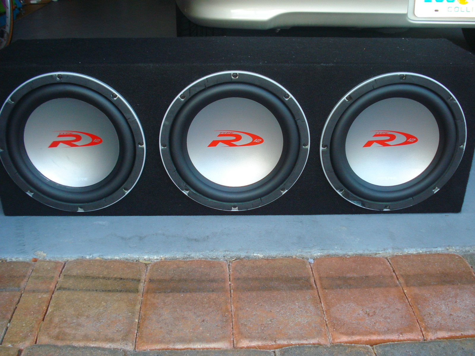 12 alpine type r specs car audio systems. Black Bedroom Furniture Sets. Home Design Ideas