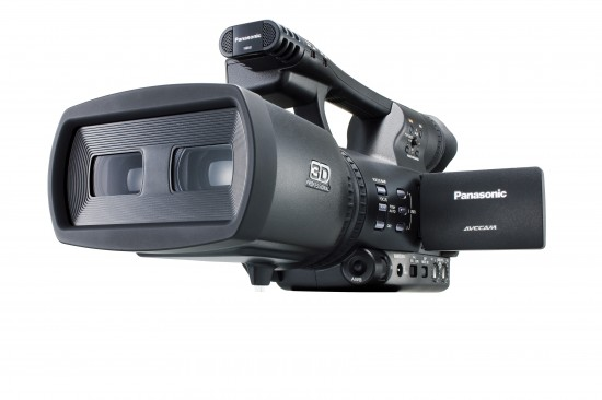 28 550x366 Worlds first 3D Camcorder (HDC SDT750K)