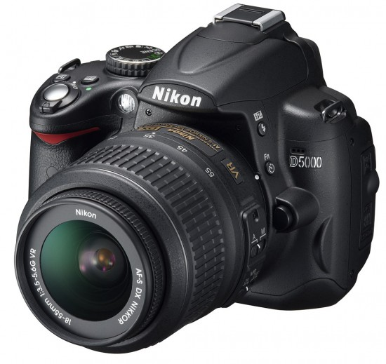 Nikon D5000 550x519 Top 10 Professional Cameras (DSLR)