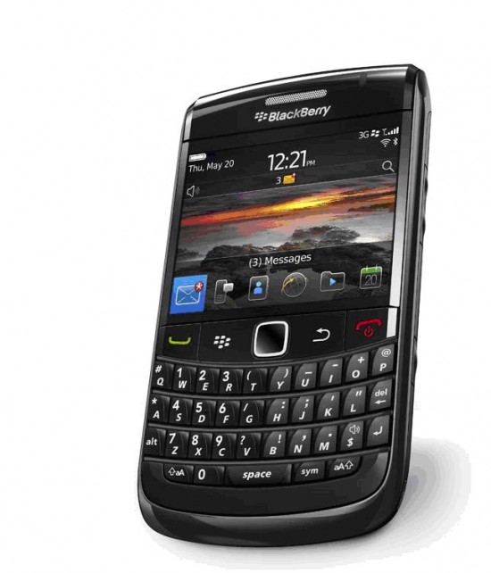 BlackBerry Bold 9780 550x642 Top 9 QWERTY Mobiles