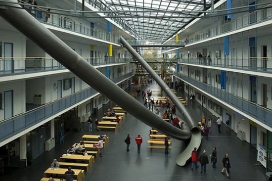 giant slides in technische universitat munchen faculty 1 thumb 550xauto 54019 Tired of Stairs? German University installs Gigantic Slides