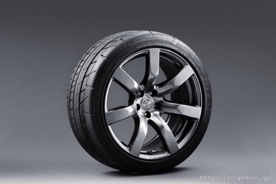 9 550x366 Top 10 Car Tyres