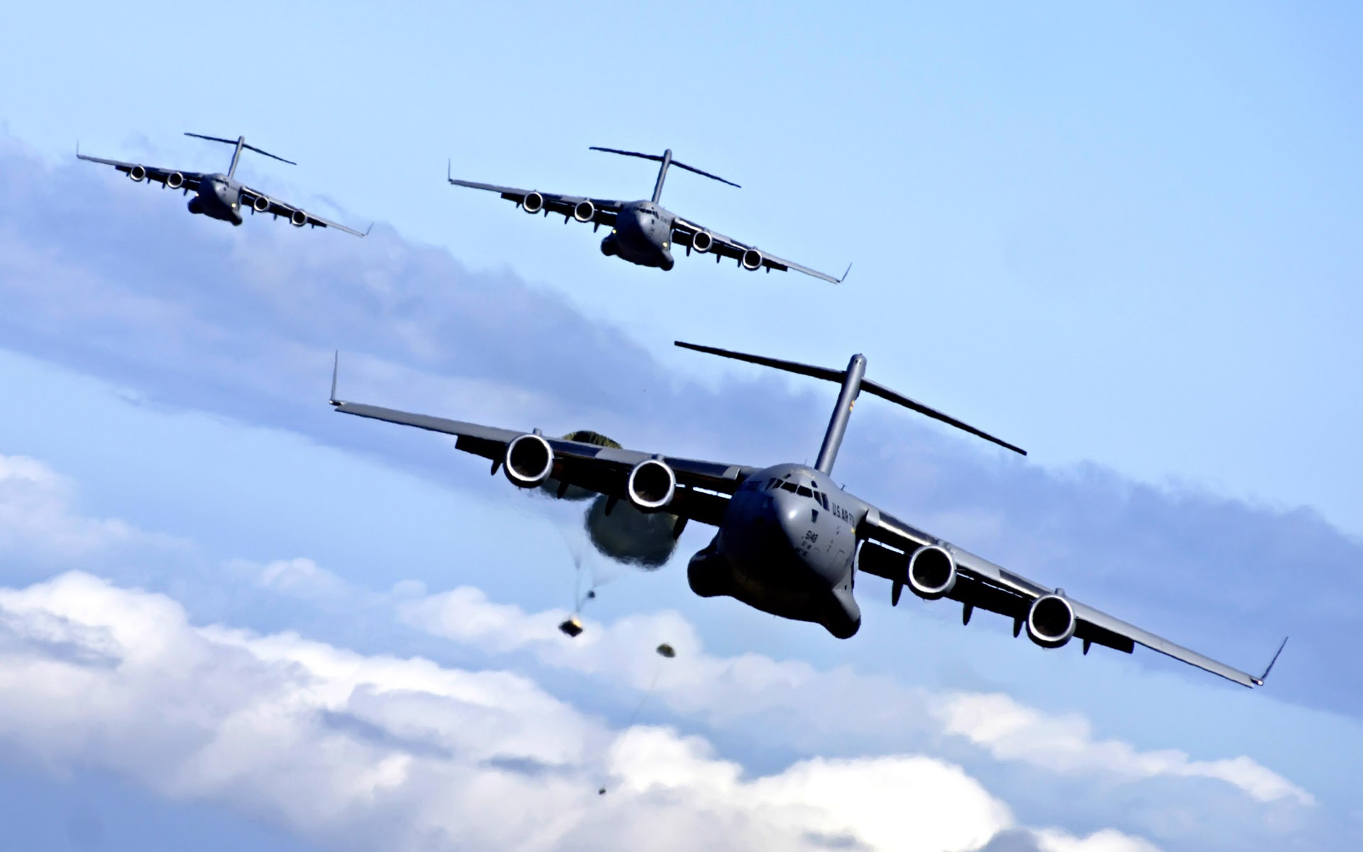 C-17 airdrop training mission
