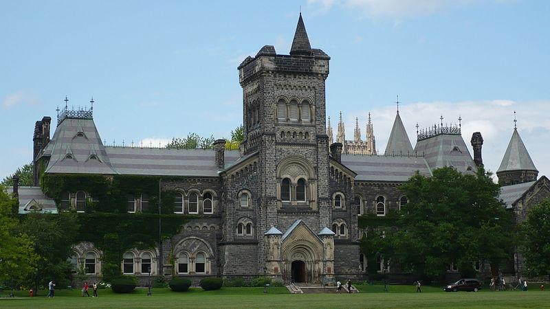 800px-University_College,_University_of_Toronto