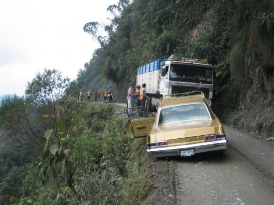 "3 North Yungas ""Death Road"" Bolivia 550x412 Top Ten Freakiest Highways"