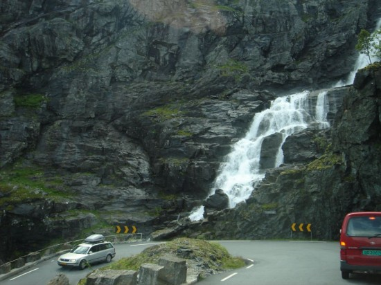 Trollstigen The Troll Ladder 1 550x412 Top Ten Freakiest Highways