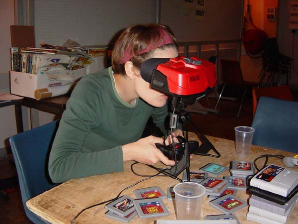http://realitypod.com/wp-content/uploads/2011/08/Virtual-Boy.jpg
