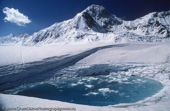 hispar 550x360 Top 5 Glaciers of Pakistan