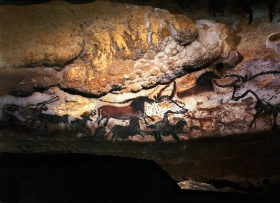 lascaux11 550x398 Top Ten Most Important Historical Finds