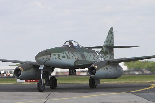 Messerschmitt-Me-262-Swallow.jpg