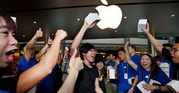 hong-kong-apple-store-CHEERS