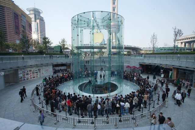 China: iPhone 4 Still In High Demand Despite iPhone 4S Launch