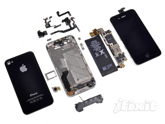 iphone 4s teardown1 580x435 Report: Apple Cutting Fourth Quarter iPhone Component Orders