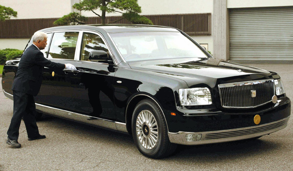 Top 10 Powerful Heads of States and their Cars ...