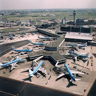 Amsterdam Scchipol AMS Top 10 Busiest Airports