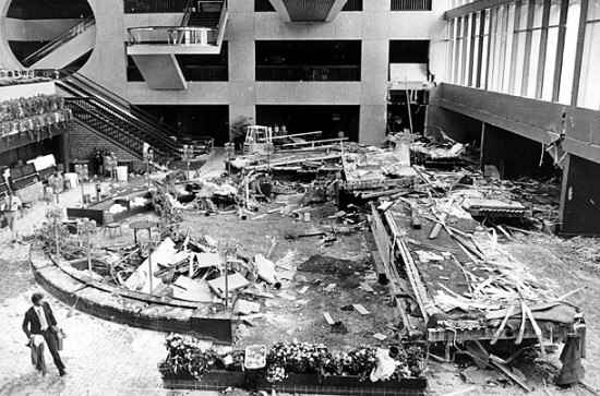 Hyatt Regency Hotel Walkway Collapse 550x363 Top 10 Worst Engineering Failures