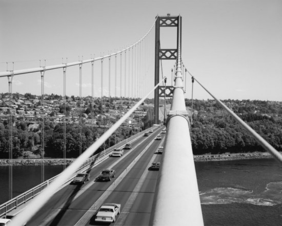 Tacoma Narrow Bridge 550x441 Top 10 Worst Engineering Failures