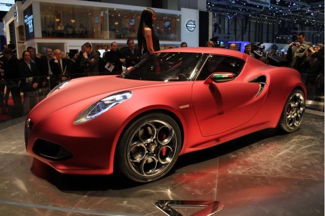 alfa romeo 100342328 m Report: Alfa Romeo 4C Abandoning Carbon Fiber Body