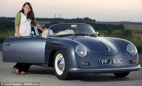 beetle 550x335 Volkswagen Beetle Got Converted To Classic Porsche!