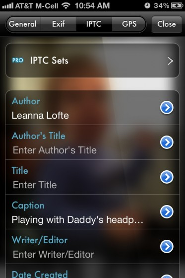Edit the IPTC info on a photo