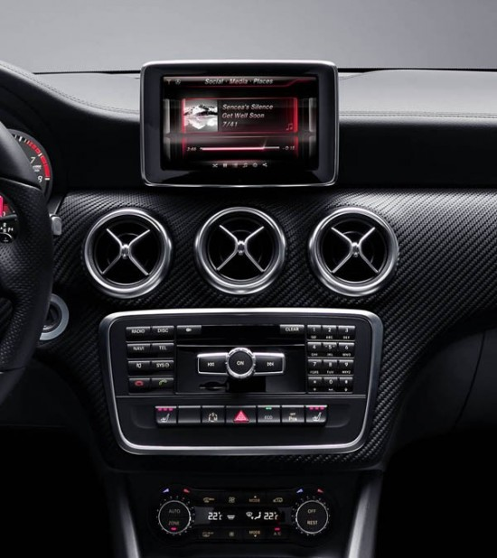 Mercedes A Class with iPhone Siri Integrated 3 550x618 Mercedes Benz Ready To Work With Siri