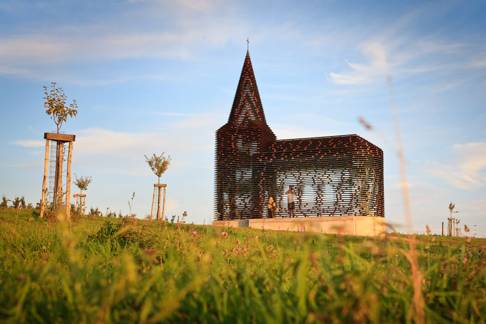10 Unusual Churches of World