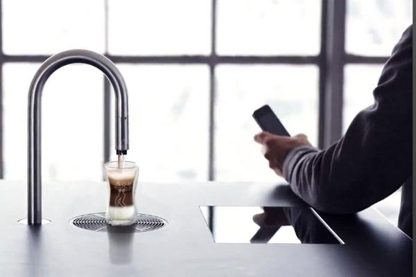 Futuristic Coffee Machine – Make Coffee Through iPhone
