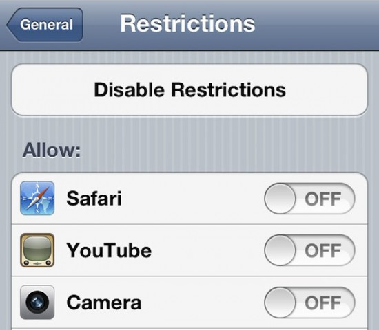 hideyoutube safari and other default app icons in ios 550x480 Hide YouTube, Safari, and Other Default App Icons in iOS 5