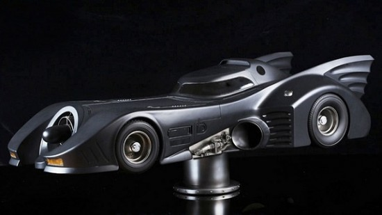 xlarge 3 550x309 Batmobile Model   A Must Have For Batman Lovers