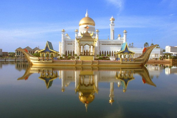 Brunei 600x400 Top 10 Richest Countries