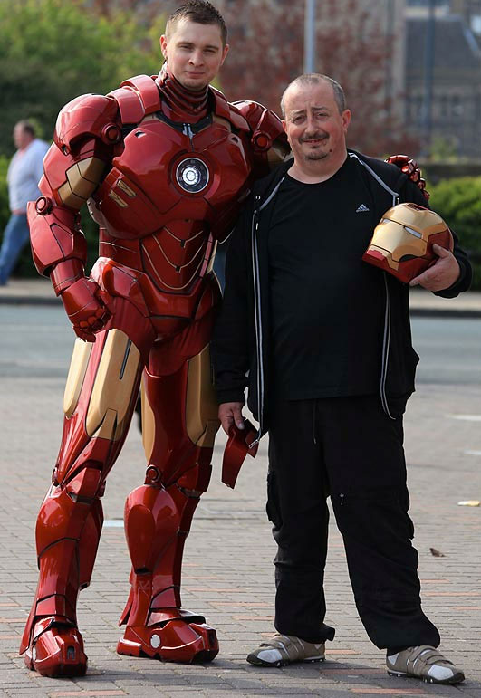 Iron Man by Mark Pearson 03 Iron Man Suit Built With Cardboards and Fiberglass