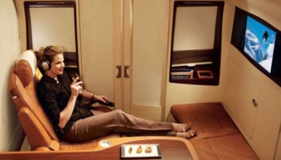 A380 cabins3 550x314 Singapore Airline To Offer Private Luxury Suites with Double Beds and Armchairs