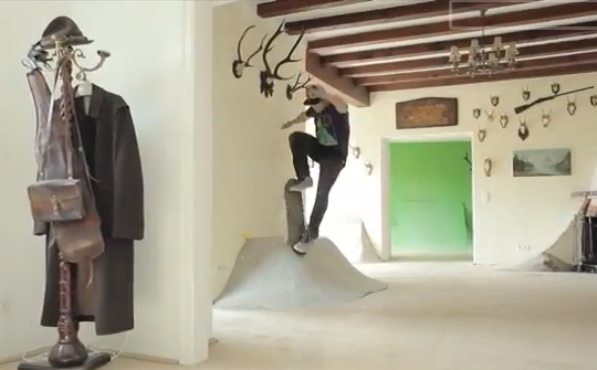 skating in a house video Crazy Skater Turn His House Into A Skate Park