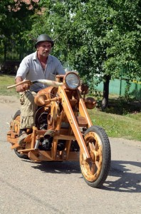 wooden chopper 198x300 wooden chopper